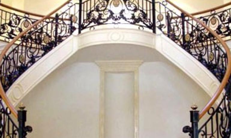 Làm đẹp không gian nhà bạn bằng sắt trang trí