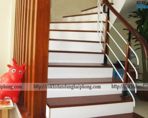 Cầu thang sắt kiểu dáng phong cách