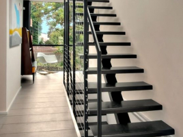 Cầu thang sắt đẹp 10